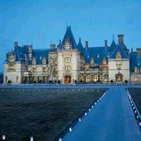 Christmas at the Biltmore by Lenzner Tours